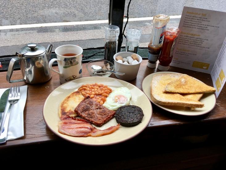 Petit déjeuner traditionnel écossais